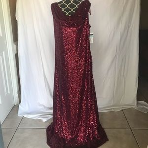 CACHET MAROON FULL SEQUIN EVENING GOWN NWT